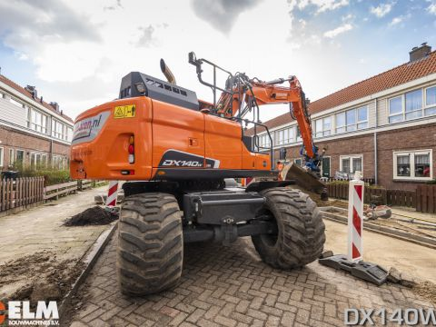 Full option DX140W-5 voor Oussoren! 4912